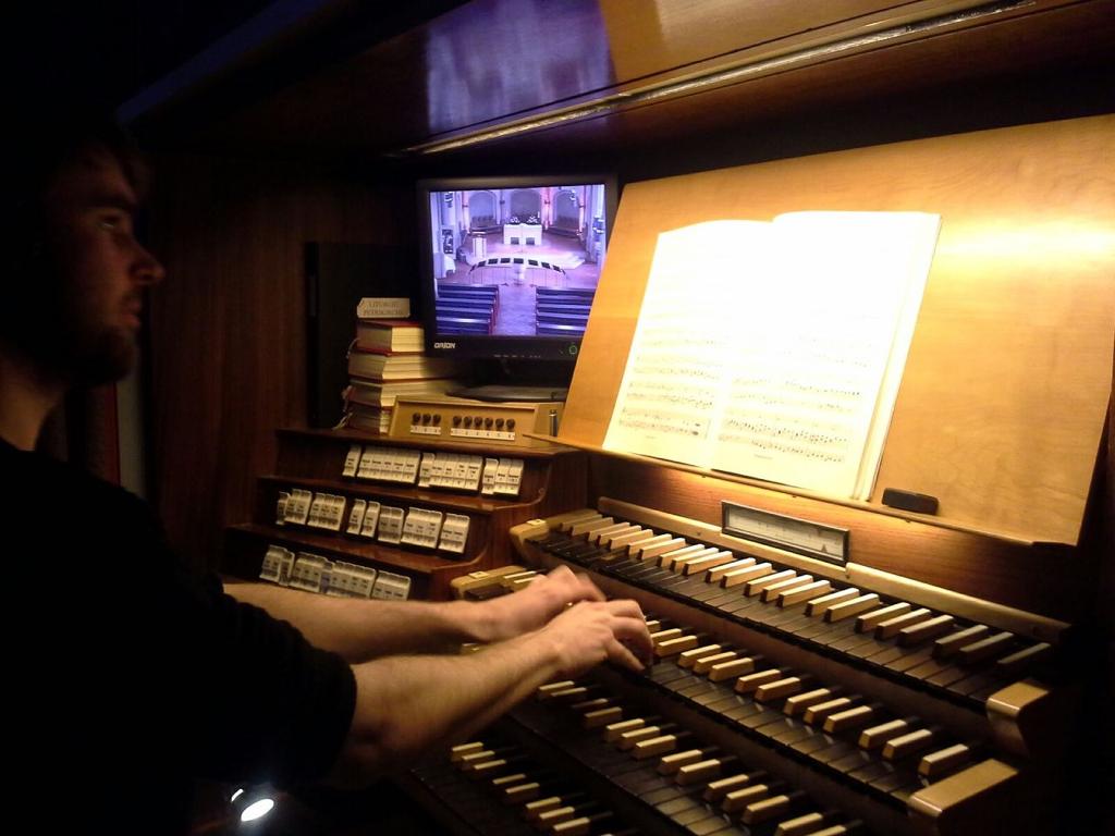 20160312_muelheim_orgelspiel